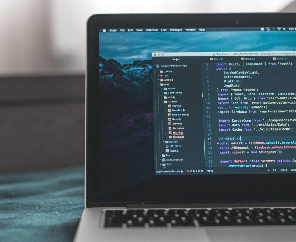 Quer aprender a programar? Há uma nova academia e preços